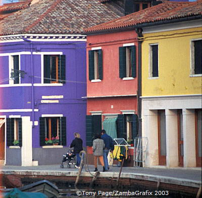 Burano's famous colourful houses