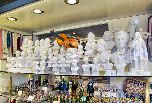Alabaster busts of famous people and chess sets