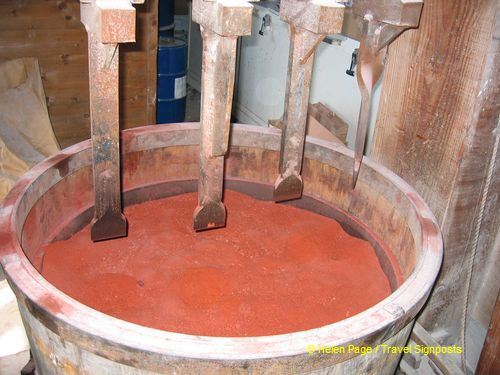 Production of ocre pigment