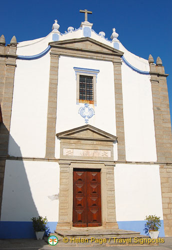 This 16th century Church of Misericordia of Arraiolos is in the town square