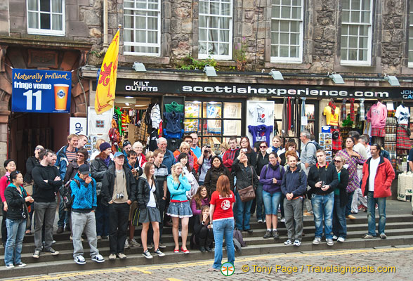 A sightseeing group getting the Scottish experience.