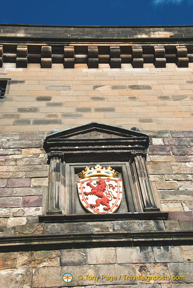 Lion Rampant Shield above the Portcullis Gate
