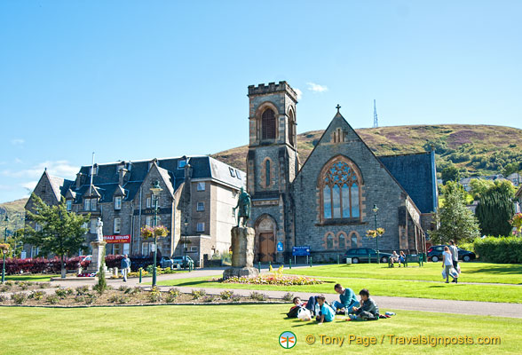 Park in front of the Church of Scotland