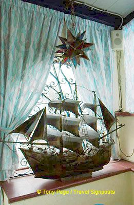 A model sailing ship at La Barca