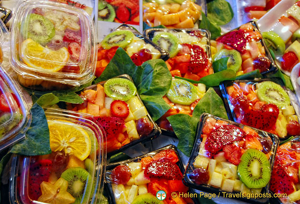 Fresh fruit salad at La Boqueria
