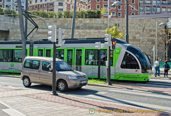 Guggenheim Bilbao: The Bilbao Metro is one of the ways to get here (Moyua station).