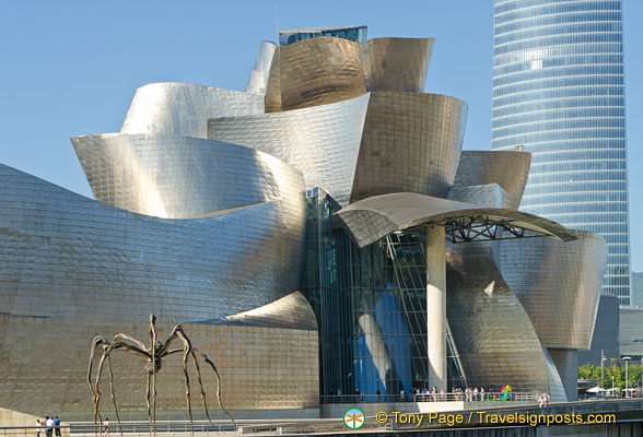 Maman, Guggenheim Museo and the Iberdrola tower