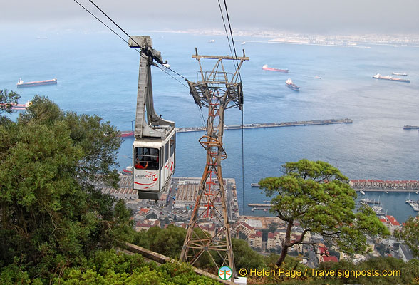 A cable car riding down to the port