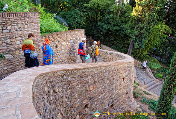 Generalife: On the way out