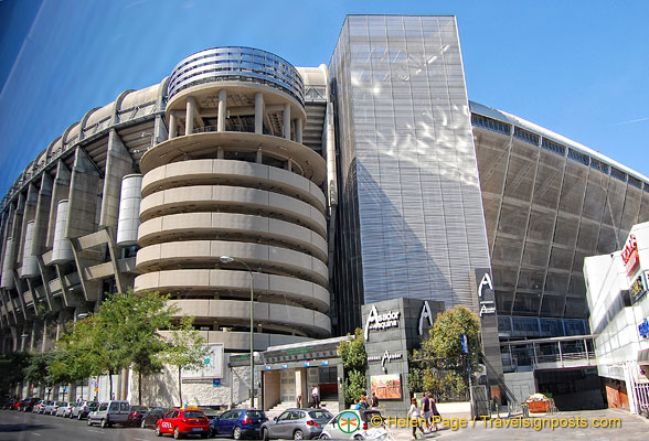 La Esquina del Bernabéu shopping mall