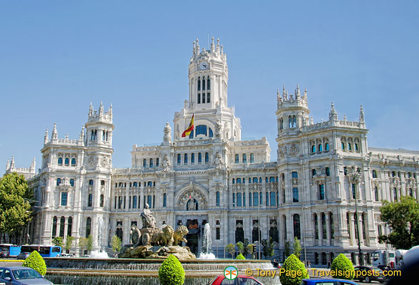 Palacio de Comunicaciones - Palace of Communications