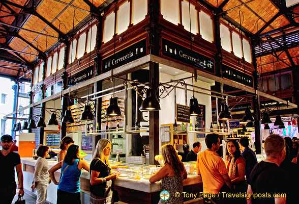 Cerveceria, one of the bars at the Mercado San Miguel