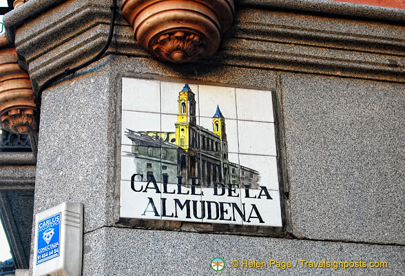 Calle de la Almudena - decorative tile street name