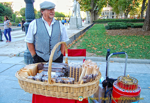 A vendor in the Plaza de Oriente