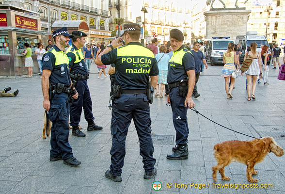 Madrid Municipal police in Puerta del Sol