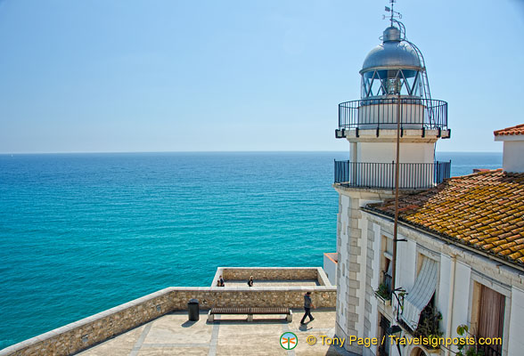 This lighthouse can be seen on your way out of Peñíscola Castle