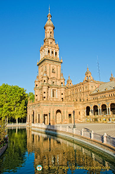 Plaza de España tower