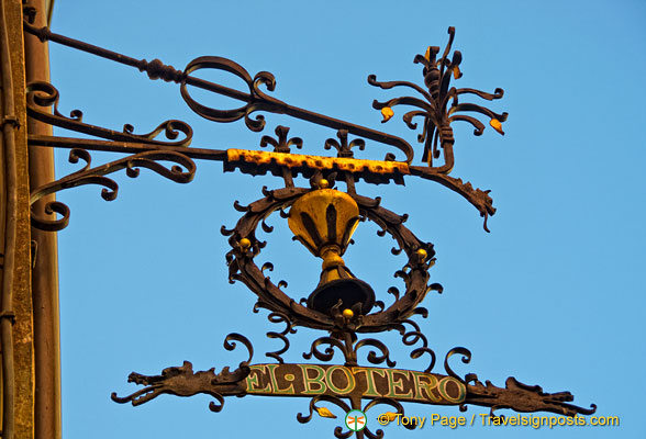 Ornate sign for El Botero
