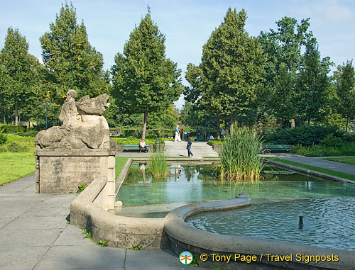 Berne Bear Pits and Rose Garden