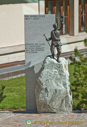 A memorial marking 150 years of the Alpine Club