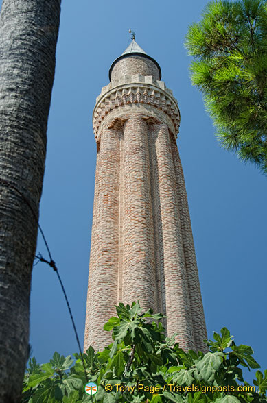 The iconic fluted minaret