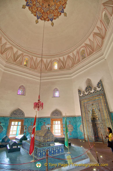 View of Green Tomb hall