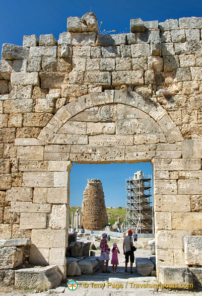 View of the Hellenistic gate through the Roman gateway