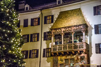 Christmas carols from the Goldenes Dachl