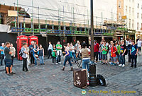 Covent Garden buskers