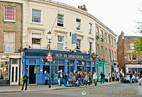 Sun in Splendour - one of the oldest pub in Notting Hill