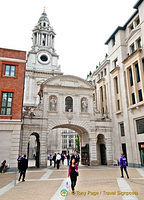 Archway leading to St. Paul's Cathedral