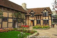 Shakespeare's birthplace was bought for the nation in 1847 through a public appeal[Stratford-upon-Avon - England]