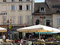 Restaurants in the centre of Beaune town.