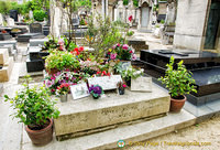 Grave of Serge Gainsbourg