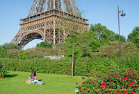 Enjoying a quiet break by the Eiffel Tower
