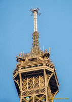 Eiffel Tower has 120 antennas