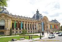 The Petit Palais faces the Grand Palais on Av. Winston-Churchill