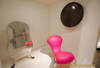 "Marc Newson ""Embryo"" chair and  other works at the Musée des Arts Décoratifs"