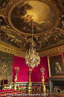 A copy of Rigaud's famous portrait of the king (1701) hangs here (see right of picture)