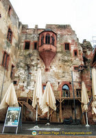A Heidelberg Castle venue for plays