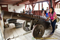 Marksburg Great Battery - Taking a fun shot at the cannon