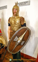 Marksburg Rüstkammer - Gallic warrior from around 300 BC