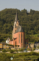 Liebfrauenkirche is one of the prettiest churches to be found in the Rhine Valley