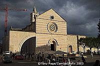 The church occupied the site of the church of San Giorgio, where St Francis had been buried before his remains were moved