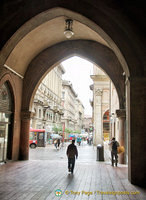 One of the many archways in Bologna