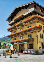 Hotel de la Poste in the centre of Cortina
