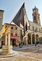 View of Pienza's Piazza Pio II