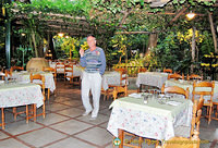 Tony choosing his table at the Ristorante Parco Ibsen