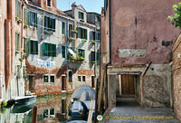 The lowest sotoportego in Venice