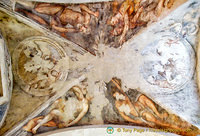 Fresco under the San Giacomo veranda ceiling